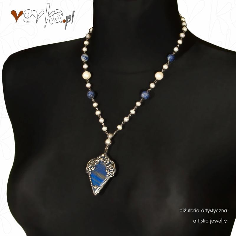 b10fb7bb285e2 Naszyjnik z lapisem lazuli